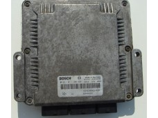 ECU Renault Master, 2.2DCi - Bosch 0 281 011 106, 0281011106, HOM 8200091428, 8200243785