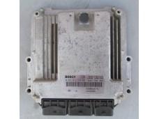 ECU Opel Vivaro 2.0 CDTi - Bosch 0281014208, 0 281 014 208, 8200666516/ 8200752059, 1039S14799, EDC16CP33